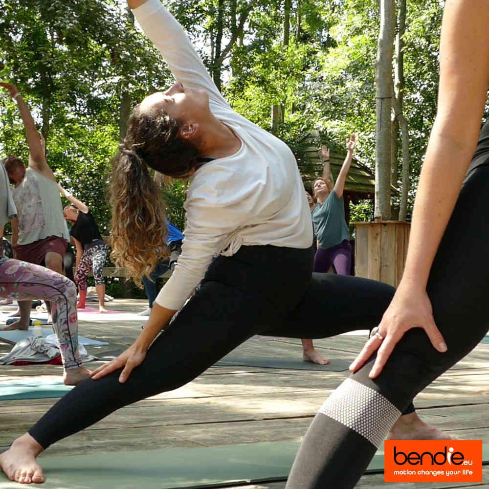 Yoga in Leeuwarden bij Bendie. Viparita virabhadrasana pose.