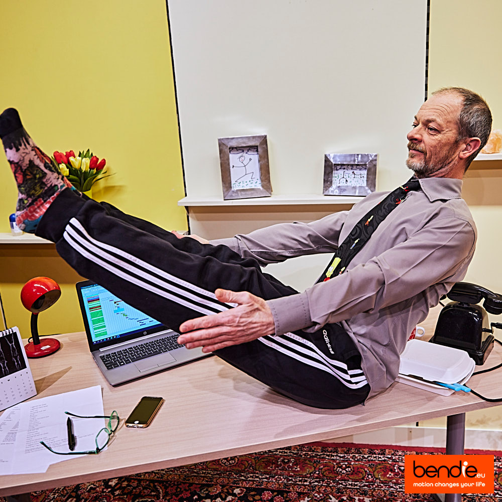 Online meeting stretch workout